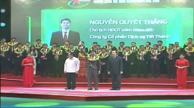 Giám đốc Tất Thành nhận giải thưởng doanh nhân trẻ Thủ đô tiêu biẻu